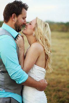 The Most Romantic Wedding Photos Wedding Couple Poses, Couple Posing, Wedding Tips, Wedding Couples, Dream Wedding, Romantic Wedding Photos, Romantic Weddings, Wedding Pictures, Couple Photography