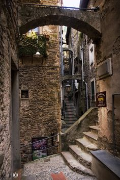 Dolceacqua is a delightful, arty sort of village in Liguria, with a million narrow alleyways and a myriad small artisan shops. Places To Travel, Places To See, Mode Poster, Belle Villa, Environment Design, Belle Photo, Landscape Photography, Beautiful Places, Scenery