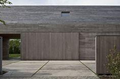 DC2 Residence by Vincent Van Duysen Architects puerta, corredera, Carpinteria, madera