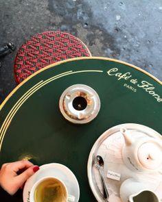 roespiration:  On rainy days, drink hot tea! @sophiaroe (her: Café de Flore)