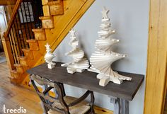 treedia - World's most unique eco-friendly Christmas trees Wooden Christmas Trees, Christmas Traditions, Eco Friendly, Traditional, Unique, Projects, Handmade, Home Decor, Log Projects