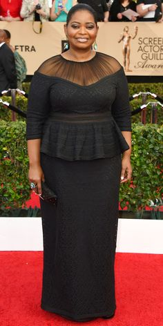 See All the Celebrity Looks from the 2017 SAG Awards Red Carpet - Octavia Spencer from InStyle.com