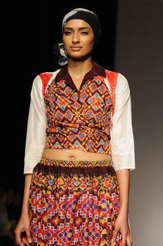 Launchpad  Summer Resortwear Collection By Krishna Mehta a93bb1ff23611