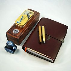 The Start Bay A5 Navigator and Kaweco Brass Sport Fountain Pen and Pencil - a nice combination. #travelersnotebook #traveljournal #leathernotebook #leatherjournal #journal #notebook #planner #stationery #bulletjournal #artjournal #startbaynotebooks #kaweco #fountainpen