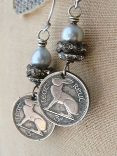 Ireland Coin Earrings 1968 Vintage Coins Irish by CobwebPalace, Coin Jewelry, Metal Jewelry, Jewelry Crafts, Silver Jewelry, Vintage Jewelry, Jewellery, Beaded Earrings, Beaded Jewelry, Handmade Jewelry