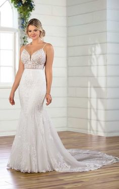 Sexy Fit-and-Flare Wedding Gown with Scallop Train – Essense of Australia – Wedding Gown Amazing Wedding Dress, Beautiful Wedding Gowns, Wedding Dress Styles, Designer Wedding Dresses, Bridal Dresses, Lace Wedding, Couture Dresses, Summer Wedding, Dream Wedding
