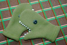 Dinosaur Mitten Tutorial from Mme ZsaZsa