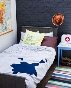 DIY duvet cover #bed #bedroom - Een zelfgemaakt dekbedovertrek. Leuk voor de kinderkamer! Kijk op www.101woonideeen.nl