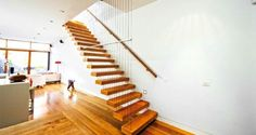 Feature Stair 12