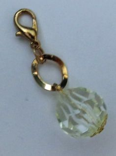 Zipper pull or key chain bling / Made by LaVerne Mulvey - LaCraft Fun