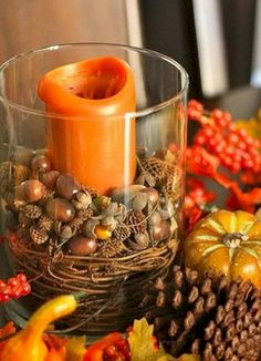 Simple and Inexpensive DIY Pottery Barn Inspired Fall Decor. Perfect for your Bonadelle Neighborhoods table decoration. Acorn Decorations, Decoration Table, Fall Home Decor, Autumn Home, Diy Autumn, Autumn Ideas, Autumn Summer, Fall Vase Filler, Fall Lanterns