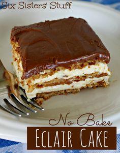 Bake Eclair Cake No Bake Eclair Cake Recipe - keep these ingredients on hand in case an emergency, last-minute dessert is needed!No Bake Eclair Cake Recipe - keep these ingredients on hand in case an emergency, last-minute dessert is needed! No Bake Eclair Cake, Eclair Cake Recipes, No Bake Cake, Chocolate Eclair Cake, Chocolate Frosting, Whip Frosting, Eclair Recipe, Dessert Chocolate, Chocolate Desserts