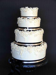Ivory Wedding cake. Simple and stunning