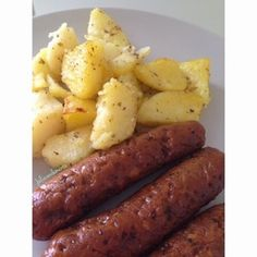 Choricitos parrilleros veganos. perfectos para llevar a una fiesta o reunión con amigos. una opción crueltyfree llena de sabor!