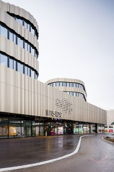 Gallery - INSIDE Boutique Centre / Holzer Kobler Architekturen - 9