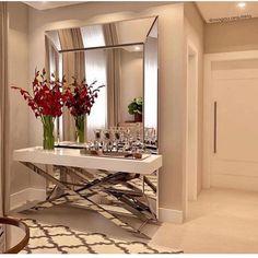 Awesome ideas for decorating the hallway with modern wall mirror designs, home interior wall mirror decor ideas for modern style apartments 2019 Foyer Design, Interior, Interior Wall Design, Hall Decor, Home Decor, House Interior, Mirror Decor, Home Interior Design, Interior Design