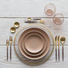 Gold Halo Glass Charger + Heath Ceramics in Sunrise + GOA 24K Gold & Wood Flatware + Bella Gold Rimmed Stemless in Blush | Casa de Perrin Design Presentation