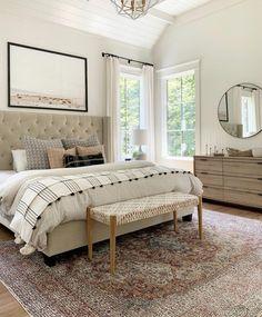 Home Interior Salas .Home Interior Salas Relaxing Master Bedroom, Farmhouse Master Bedroom, Home Bedroom, Modern Bedroom, Bedroom Decor, Bedroom Furniture, Natural Bedroom, Green Furniture, Budget Bedroom