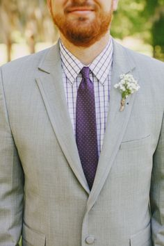 light grey suit and purple Gray Suits, Light Grey Suits, Grey Wedding Shoes, Purple Wedding, Mens Attire, Groom Attire, Grey And Beige, Purple Grey, Casual Grooms
