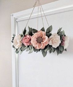 Felt Floral Baby Crib Mobile – Flower Mobile for Baby Girl Nursery – Whimsical Floral Nursery Mobile – Felt Flower Mobile – Mobile With Felt - DIY Blumen Felt Flowers, Fabric Flowers, Paper Flowers, Diy Flowers, Baby Crib Mobile, Baby Cribs, Girl Nursery, Nursery Decor, Disney Nursery