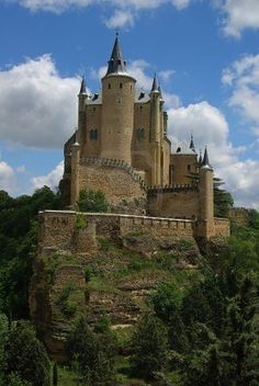 This castle was the inspiration for Snow Whites Castle! Travel Around Europe, Travel Around The World, Around The Worlds, Beautiful Castles, Beautiful World, Places Ive Been, Places To Visit, Germany Castles, Spain And Portugal