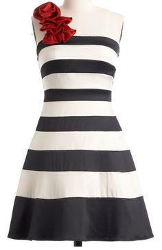 Love the red ruffle detail on this striped dress http://rstyle.me/n/dm9nanyg6