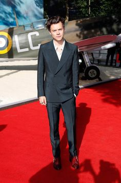 Harry Styles at the Dunkirk movie premiere