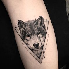 Wolf Tattoos That Take Your Breath Away [Latest 2019 Trends] wolf tattoo - Tattoos And Body Art Trendy Tattoos, Cute Tattoos, Small Tattoos, Tattoos For Guys, Tattoos For Women, Tatoos, Colorful Tattoos, Music Tattoos, Wolf Tattoo Design