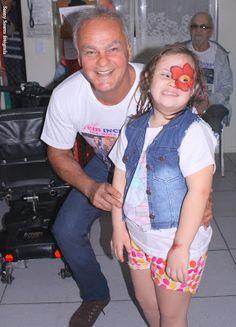 """♥ Sucesso o Desfile do Projeto Nacional """"Vem Inclusão LUZ, MODA & ARTE"""" ♥ RJ ♥  http://paulabarrozo.blogspot.com.br/2015/08/sucesso-o-desfile-do-projeto-nacional.html"""