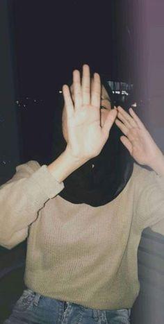 ideas for fashion aesthetic photography Casual Hijab Outfit, Hijab Chic, Hijabi Girl, Girl Hijab, Cute Girl Photo, Girl Photo Poses, Photo Shoot, Tmblr Girl, Hijab Fashionista