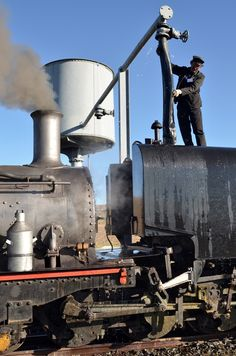 Sandstone-loco-water-stop.jpg It's a Beyer-Garratt! South African Railways, Abandoned Train, Old Trains, Sight & Sound, Water Tower, Steam Engine, Steam Locomotive, Train Tracks, Model Trains