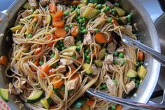 stir noodles, chicken and veggies for stir fry. Actually made this tonight and Addison slurped up the noodles and ate the carrots. Also added broccoli for bonus veggies Chicken Vegetable Stir Fry, Veggie Stir Fry, Chicken And Vegetables, Vegetable Recipes, Chicken Recipes, Veggies, Vegetable Noodles, Chicken Meals, Bbq Chicken