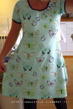 MUMINTALO: Aikuisen tunika Short Sleeve Dresses, Dresses With Sleeves, Tutu, Sewing Projects, College, Pattern, Clothes, Fashion, Outfits