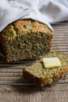 Savory spinach + roasted garlic quick bread