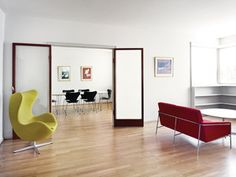 series 3300 3302 Egg Series 3300 and 3107 by Arne Jacobsen
