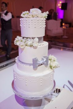 Silver and white buttercream wedding cake
