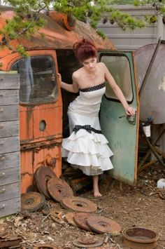 Shoot & Mingle hosted by A Photo by Ashley & Cindy McFarland Photography Junk Yard Bride Location- White's Service and Salvage Florist- Amy Lynne Originals Hair Stylist- Tiffany Black at Hair Studio Makeup- Wendy Bowman, Bobbi Brown business manager and artist Hair accessory- Georgia Couture Cake- Artist's Way Creations Videographer- Katelyn Brower