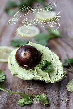 Mantequilla de aguacate. 273 https://es.pinterest.com/fatimag26/recetas-salsas-aderezos-vinagretas-dipp/