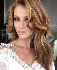 Cintia Dicker #Cintia_Dicker #Woman #Beauty