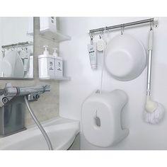 浴室収納特集☆使いやすくていつでも清潔なお風呂場にするコツ | folk (3ページ) Organisation, Bathroom Organisation, Bathroom Styling, Diy Apartments, Bathroom, Storage, Bathroom Hooks, Sink, Minimal Decor