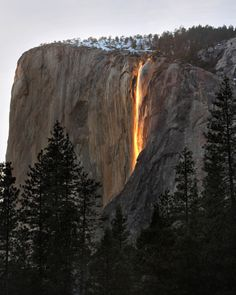 thedoppelganger:    Horsetail Firefalls, Yosemite National Park, ph. Robert Kroenert    Every year during the month of February, the Horsetall Falls  turn golden around sunset.