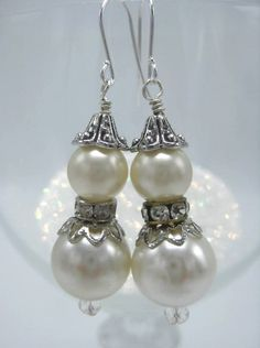 Christmas & Holiday Dangle Pierced Earrings Glass White Pearl and Silver Accents #Handmade #DropDangle