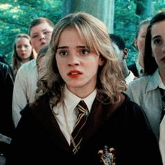 Harry Potter Tumblr, Harry Potter Hermione, Harry Potter Icons, Harry Potter Pictures, Harry Potter Characters, Harry Potter World, Dramione, Aesthetic Women, Harry Potter Wallpaper