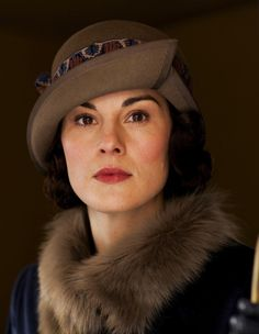 Michelle Dockery as Lady Mary Crawley in Downton Abbey (TV Series, Downton Abbey Characters, Downton Abbey Costumes, Downton Abbey Series, Downton Abbey Fashion, Lady Mary Crawley, Matthew Crawley, Michelle Dockery, Dame Mary, Dowager Countess