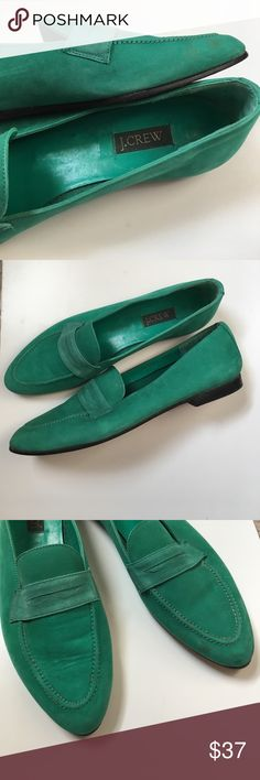 Emerald green J.Crew loafers Really good used condition! 😍I just love the color but they are a tad long on me. Since I normally wear a 8.5, these kinda run small and narrow.  Marking says 9.5N Please ask if you have questions! J. Crew Shoes Flats & Loafers