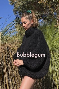 The Bubblegum — the Knitter. Mohair Sweater, Big Sweater, Knit Fashion, Fall Fashion, Style Fashion, Rainbow Sweater, Curvy Petite Fashion, Winter Chic, Fall Dresses