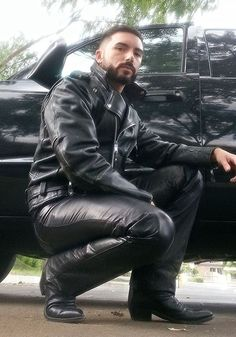 Black Leather Biker Jacket, Leather Jeans, Leather Boots, Leather Jackets, Biker Jackets, Bike Leathers, Leder Outfits, Hommes Sexy, Leather Fashion