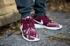 | Nike Rosche |