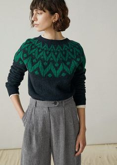 Our Seamless Chevron Yoke Sweater is made from warm and soft, Scottish-spun wool. It has a contrasting colour chevron yoke. Fair Isle Pullover, Knitting Blogs, Mohair Sweater, Fair Isle Knitting, Mode Vintage, Knit Fashion, Pulls, Knit Dress, Knitwear