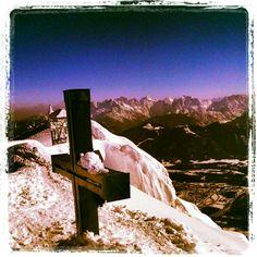 beim gipflkreuz am #dobratsch obn...  dahinta de julischen... Austria